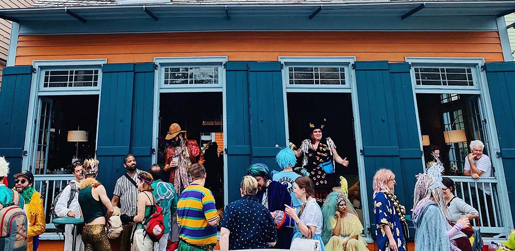 Attendees of Tales of the Cocktail in costume
