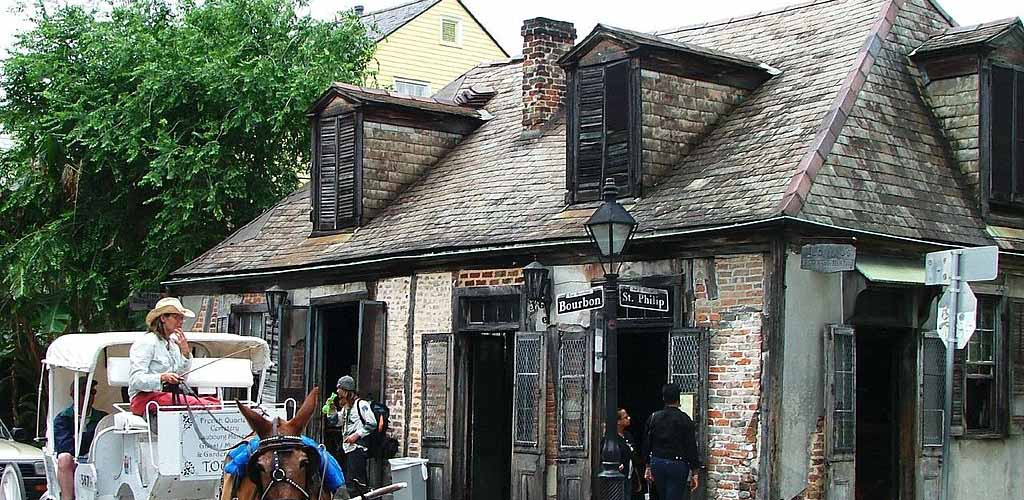 The exterior of Lafitte's Blacksmith Shop Bar