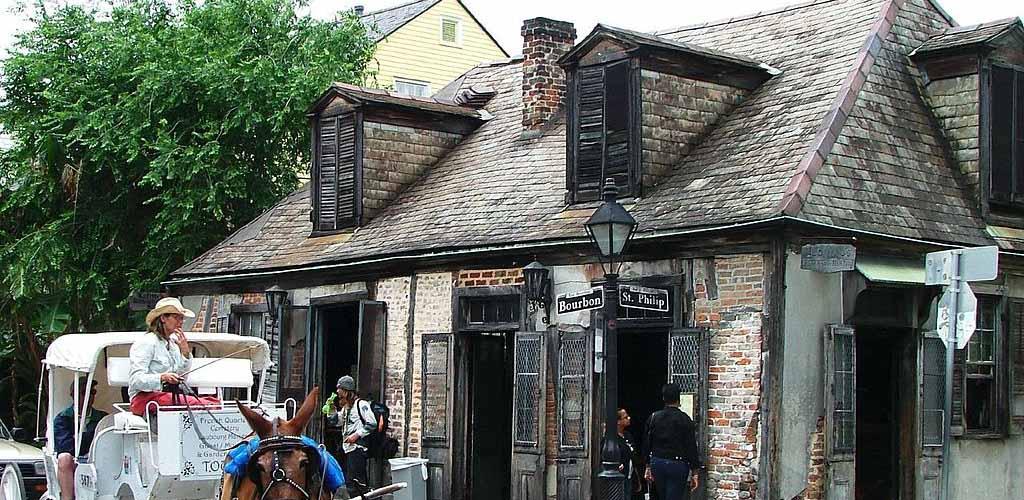 The exterior of Lafitte's Blacksmith Shop Bar