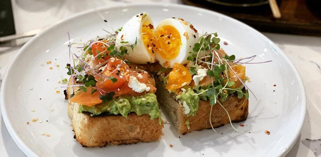 Avocado on toast from DecoDrinks