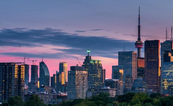 Toronto city skyline at dusk
