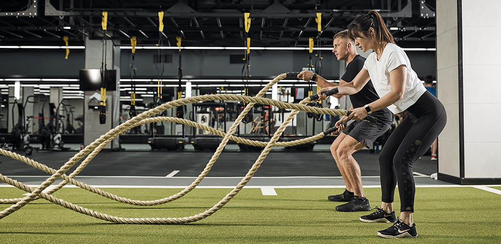 An intense rope workout at Fitness First