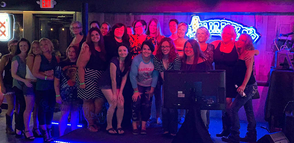 A group of girls at WW Fairfields Bar and Grill during karaoke night