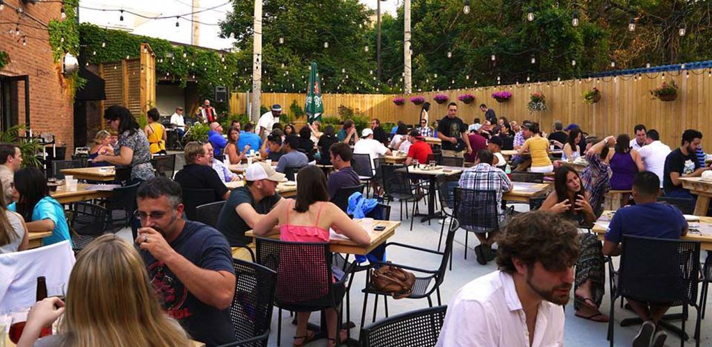 The busy outdoor area of Kaiser Tiger