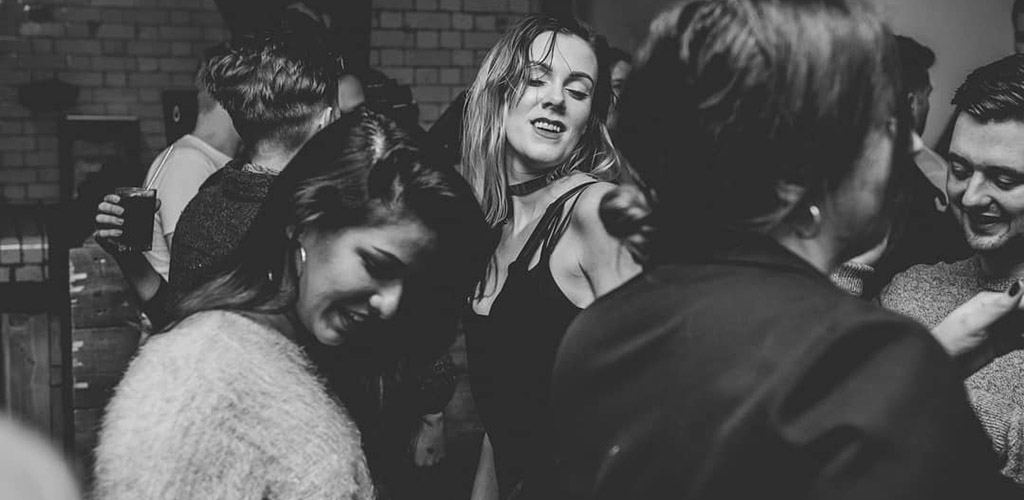 Sexy Manchester girls dancing and looking for hookups at Twenty Twenty Two