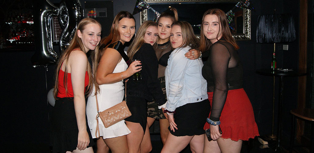 Cute Hobart girls on a night out at Amor Bar and Music Room