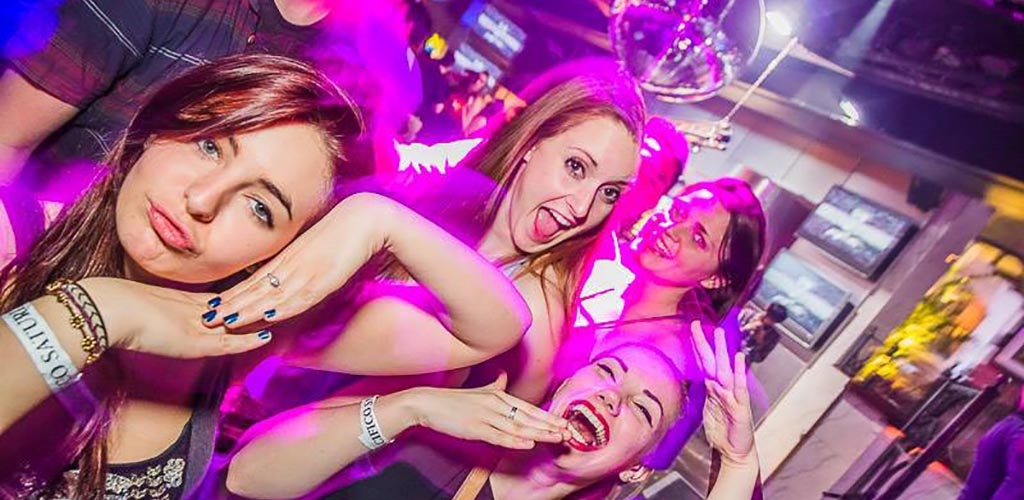 Halifax girls dancing and looking for hookups at Pacifico Bar