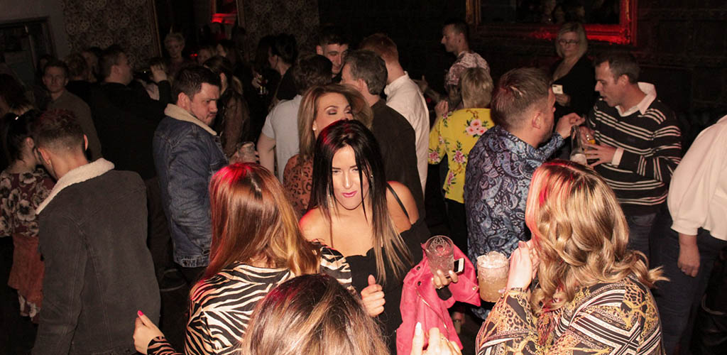 BBW in Wakefield on the dance floor of The Establishment