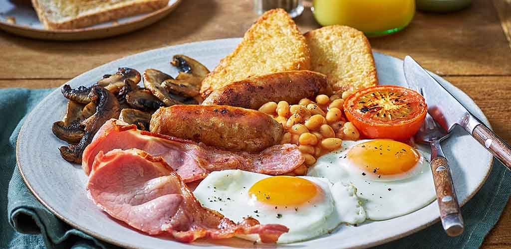 A full breakfast at Brewers Fayre